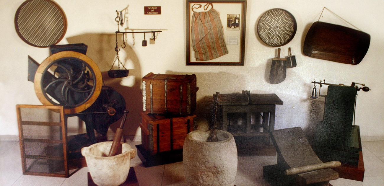 Chocolate factories in Villajoyosa: Clavileño Chocolate Museum.