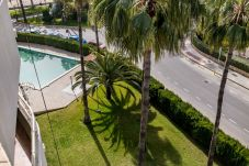 Summer holidays apartments and chalets in Valencia (Spain): Almadraba beach.