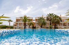 Summer holidays apartments and chalets in Valencia (Spain): Oliva Nova Golf.
